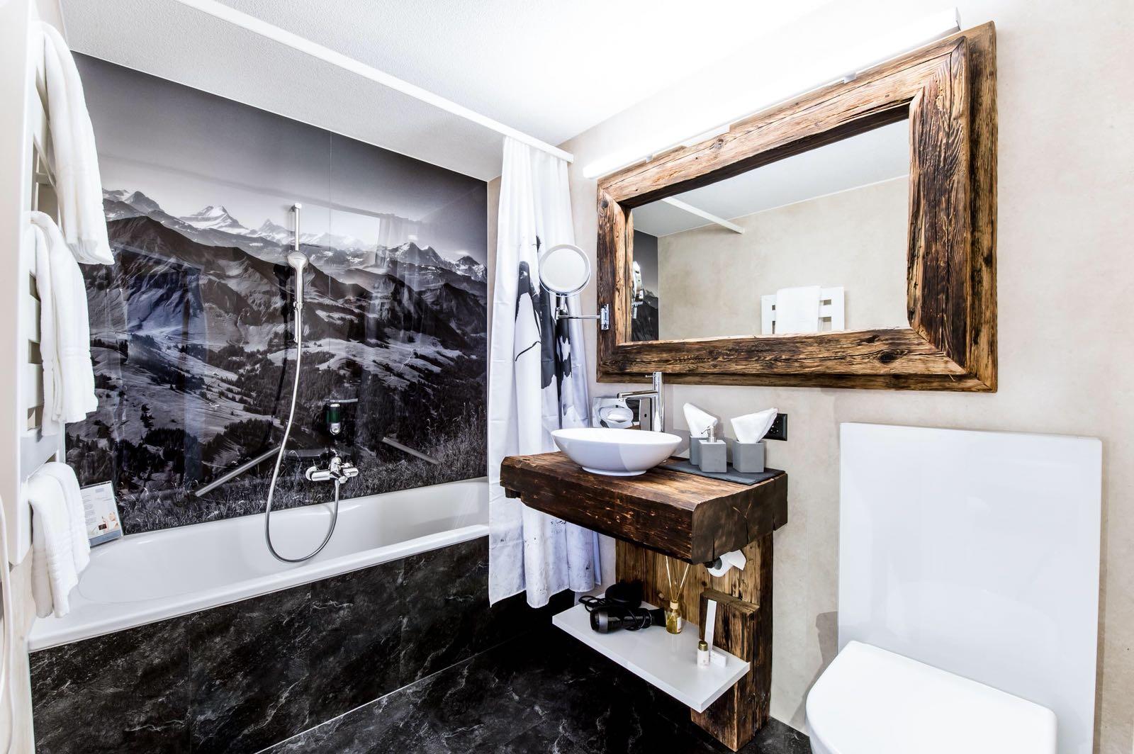 produkte dienstleistungen kunstharz belegt rustikal kunz martin schreinerei gmbh. Black Bedroom Furniture Sets. Home Design Ideas